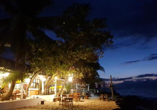 Evangeline Beach Resort, Pagudpud