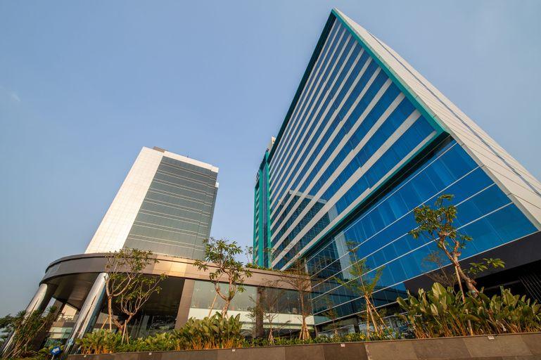 Avenzel Hotel And Convention Cibubur, Bekasi
