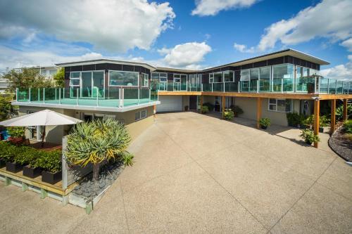 Tahi Lodge - Matakana Coast, Rodney
