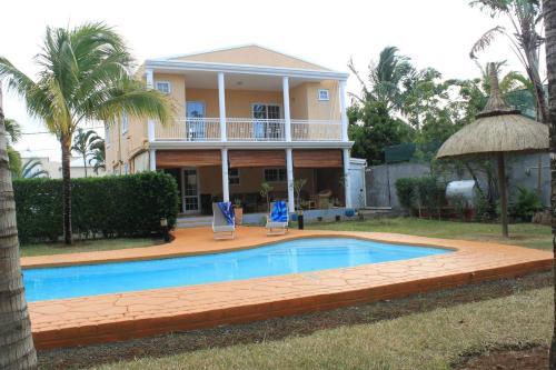 Hibiscus villa,