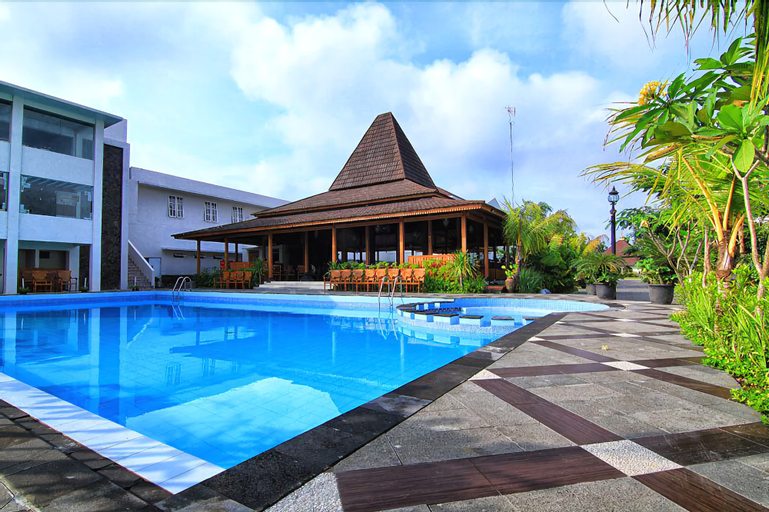 The Gambir Anom Hotel Resort & Convention, Solo