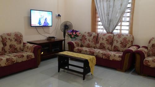 IsMa Lumut Homestay, Manjung