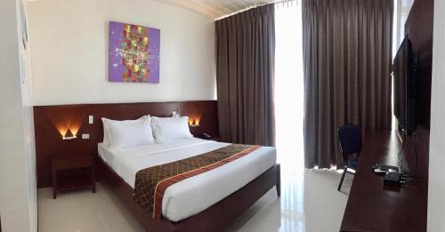 CitiStar Hotel, Santo Tomas