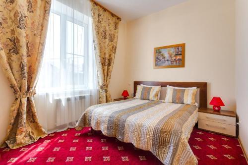 "Home Room ""На Мирном"", Borovskiy rayon"
