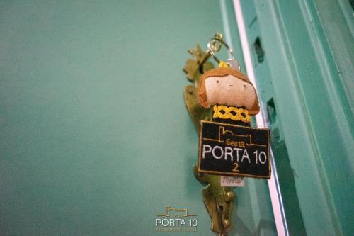 Porta 10, Sertã