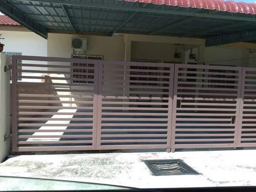 Harmoni Homestay Seri Iskandar, Perak Tengah