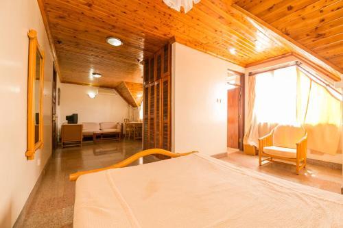Western Ambiance Hotel, Butula