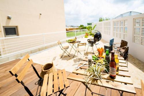 Shisa Terrace Ginoza, Ginoza