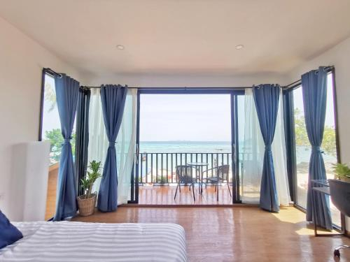Lipe Sunrise Beach House, Muang Satun