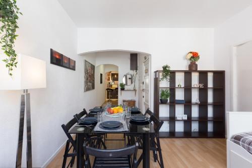 Large Flat w/ Terrace | Ace Location @ Aliados, Porto