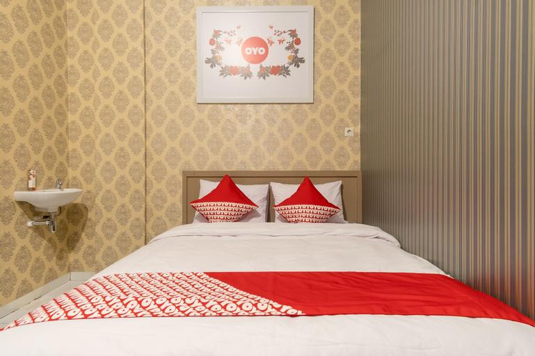 OYO 359 Executive Inn, Medan