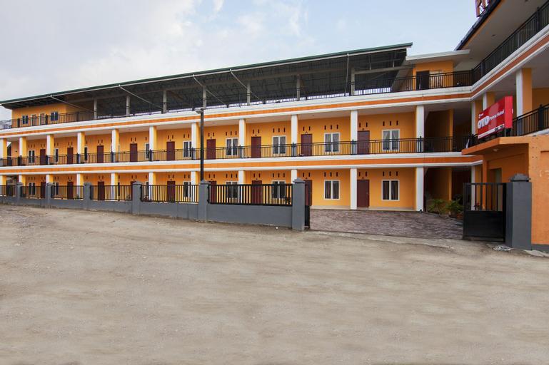 OYO 1488 Prima Hotel, Samosir