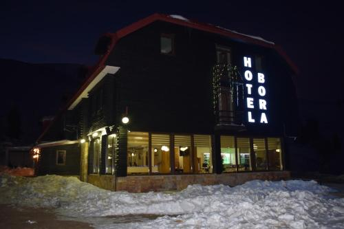 Hotel Bora,