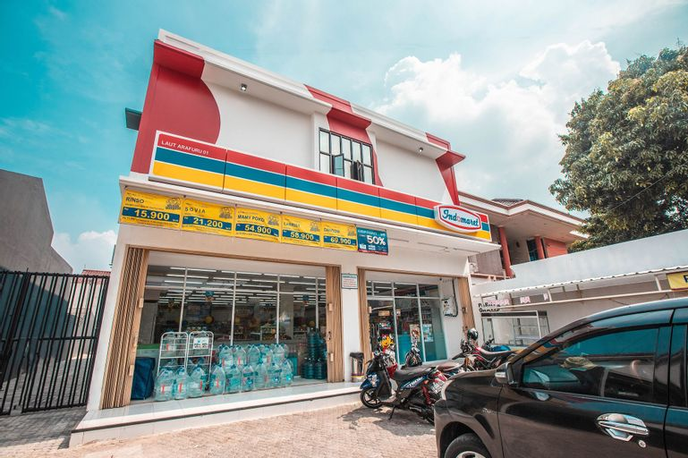 OYO 842 Arafuru Residence Near Rs Duren Sawit, East Jakarta