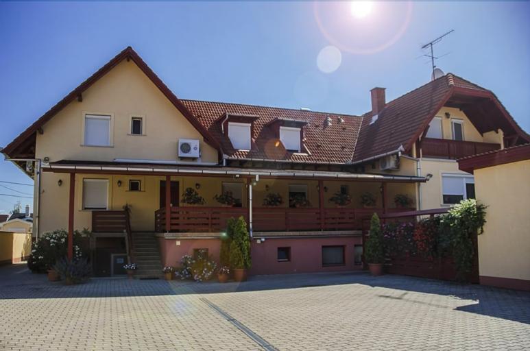Arany Patko Panzio & Etterem, Debrecen