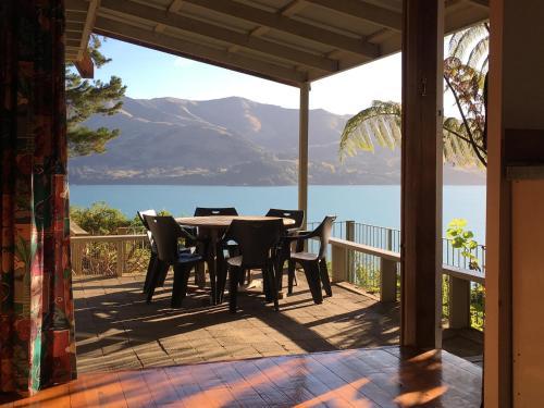 Akaroa Coastal Cottage, Christchurch