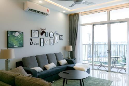 Riverfront Seaview Condo in Georgetown, by Sanguine, Pulau Penang
