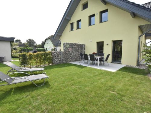 Luxurious Holiday Home in Kagsdorf Mecklenburg with Garden, Rostock