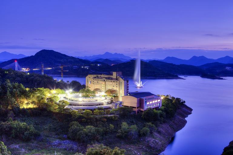 Cheongpung Resort Lake Hotel, Jecheon