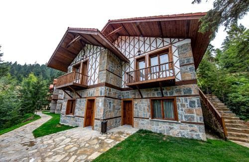 Foleya Mountain Resort Hotel & Villas, Tonya