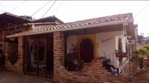 Excelente posada estilo country, Cárdenas