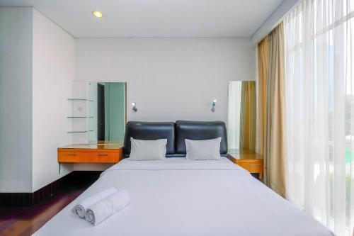 Minimalist and Spacious Studio Apartment at Pearl Garden By Travelio, Jakarta Selatan