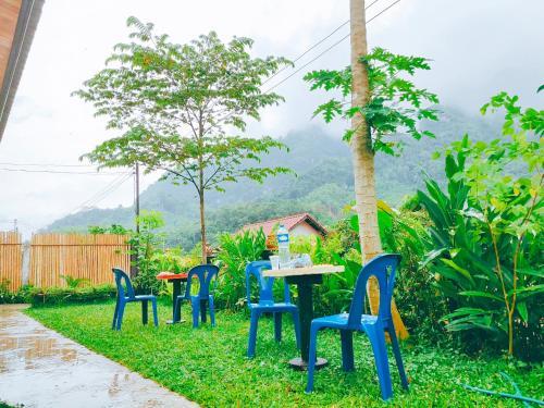 Meexok guesthouse, Ngoi