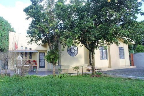 House with 3 bedrooms in Phoenix VacoasPhoenix with enclosed garden and WiFi,