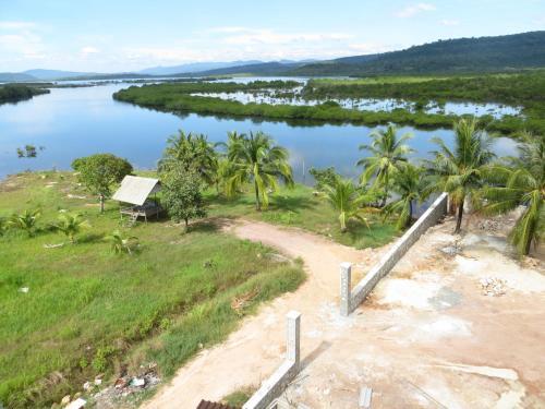 K K Riverside Resort, Smach Mean Chey