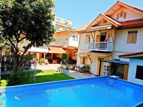 Private Villa - Pool & Garden - Family Friendly - Bangkok Center, Bang Rak