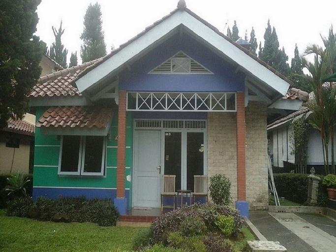 Kota Bunga VILLA PANDA, Bogor