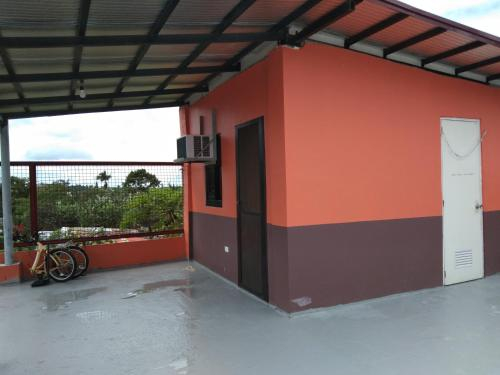 Roofdeck solo unit, Tagaytay City