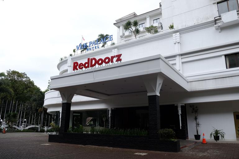 RedDoorz Premium @ Bandung City Center, Bandung