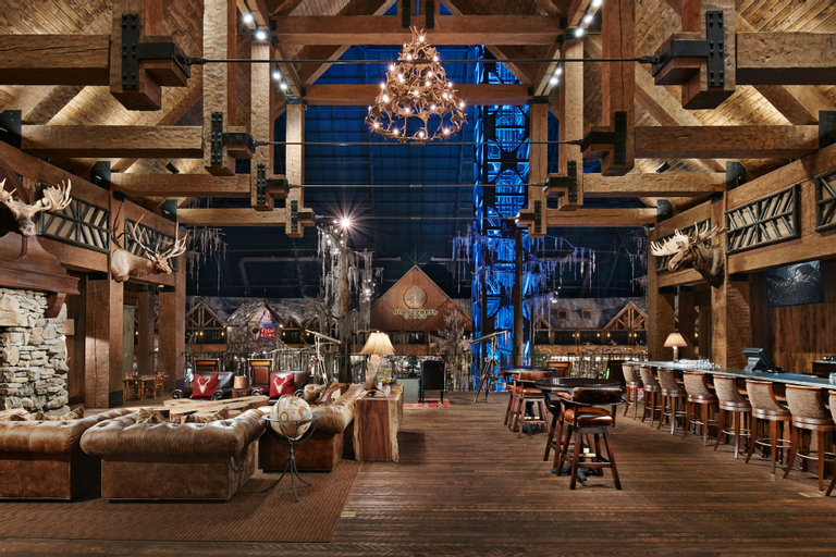 Big Cypress Lodge, Shelby