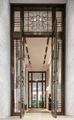 Waldorf Astoria Bangkok, Pathum Wan