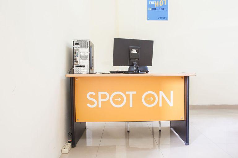 SPOT ON 2373 Executive Inn 2, Medan