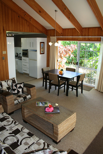 Shiralee Executive Cottages, Norfolk Island