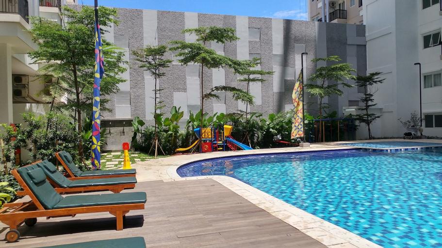 Cozy 2BR at Signature Park Grande Apartment, South Jakarta