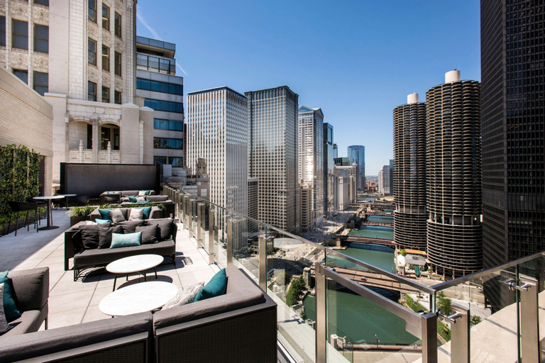 LondonHouse Chicago, Curio Collection by Hilton, Cook