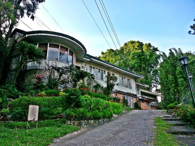 Mountain Lodge Hotel and Restaurant, Baguio City