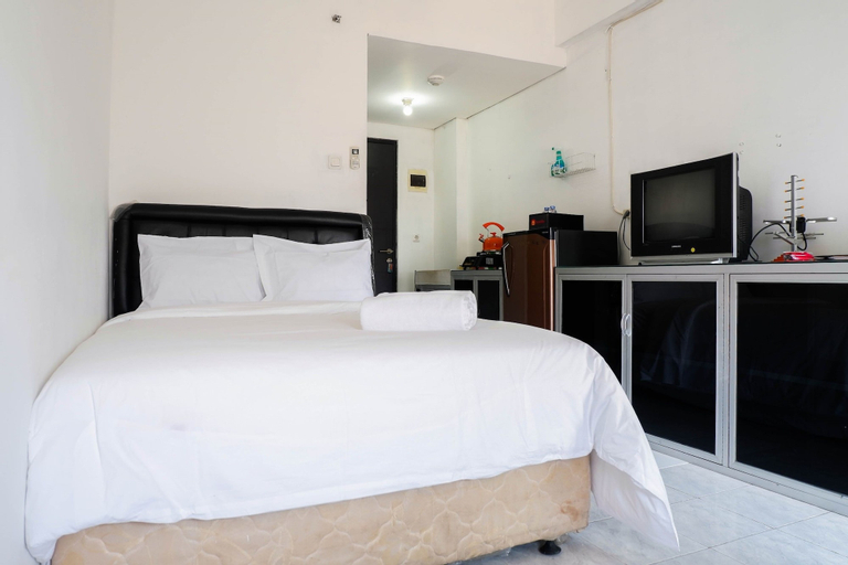 Homey Studio Puri Mas Apartment, Surabaya