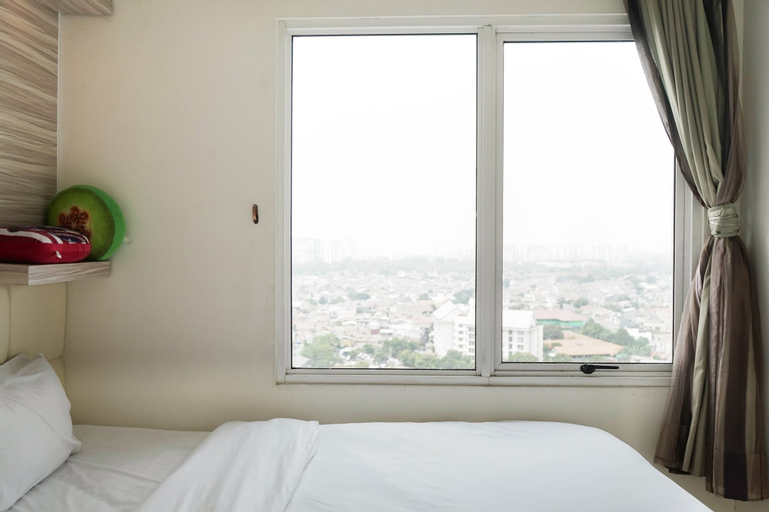 Simply Homey 2BR Signature Park Apartment By Travelio, South Jakarta