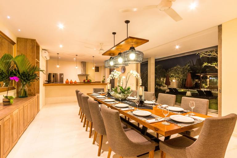 5BR Luxury Jimbaran Villa - Private Pool & Wedding, Badung