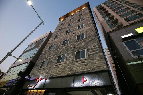 Motel 32days, Yeongdong