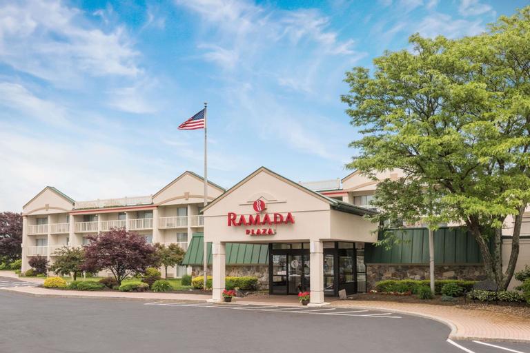 Ramada Plaza by Wyndham Portland, Cumberland