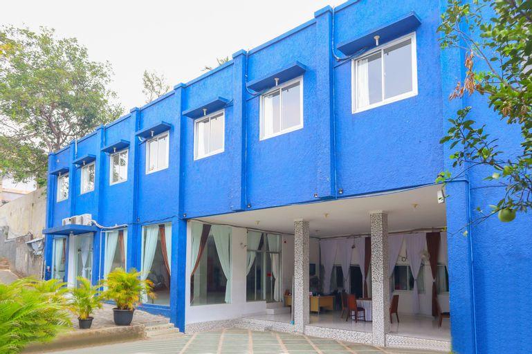 OYO 1967 Hotel House of Eva Syariah Near Rumah Sakit Umum Daerah Jagakarsa, South Jakarta