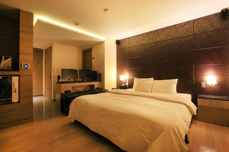 Tara Hotel, Gangnam