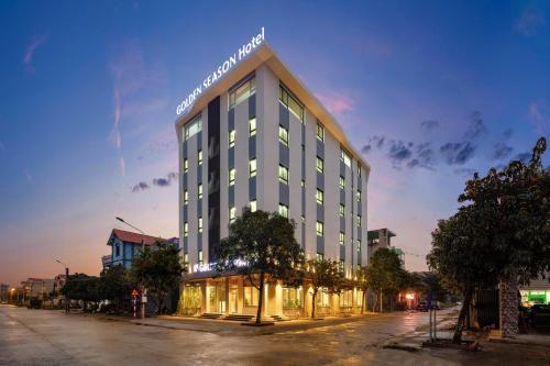Hotel Golden Season, Ninh Bình