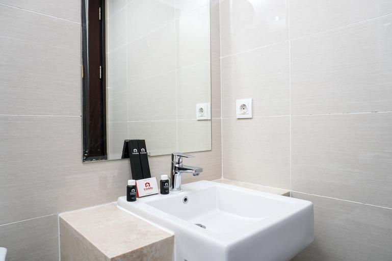 Best Location 1BR Puri Mansion Apartment, West Jakarta