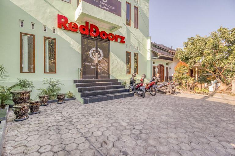 RedDoorz near Jogja National Museum, Yogyakarta